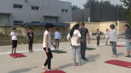 《弯道跑》人教版体育五年级,沙庆