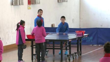 人教版体育五年级《练习正手发平球技术》视频课堂教学视频实录-田子明