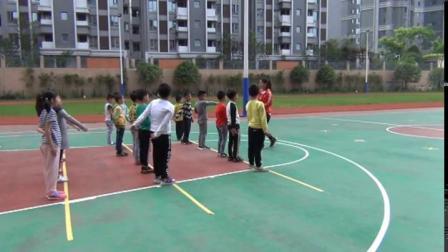 《站立式起跑》武汉市二年级体育下册,刘珊