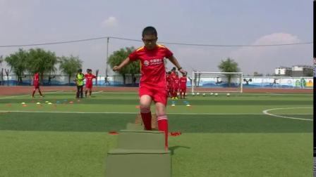 《足球-脚内侧踢球》人教版初一体育与健康,朱洪波