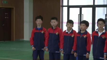 人教版体育五年级《蹲踞式跳跃(助跑与踏跳的结合)》课堂教学视频实录-叶明