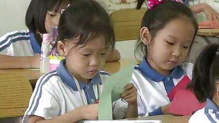 《有趣的吊饰》小学一年级美术优质课视频-李思慧