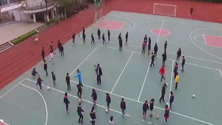 《脚内侧传地面球》优质课(科学版体育六年级,周黎明)