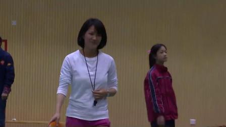 人教版体育八年级《站立式起跑及起跑后的加速》课堂教学视频实录-缪小波