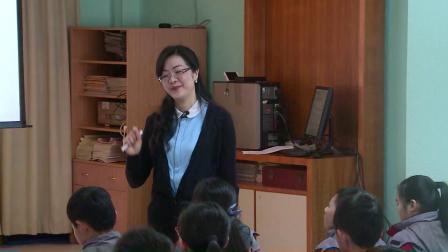 人音版第十五册第五单元《欢乐歌》课堂教学视频实录-卢丽娅